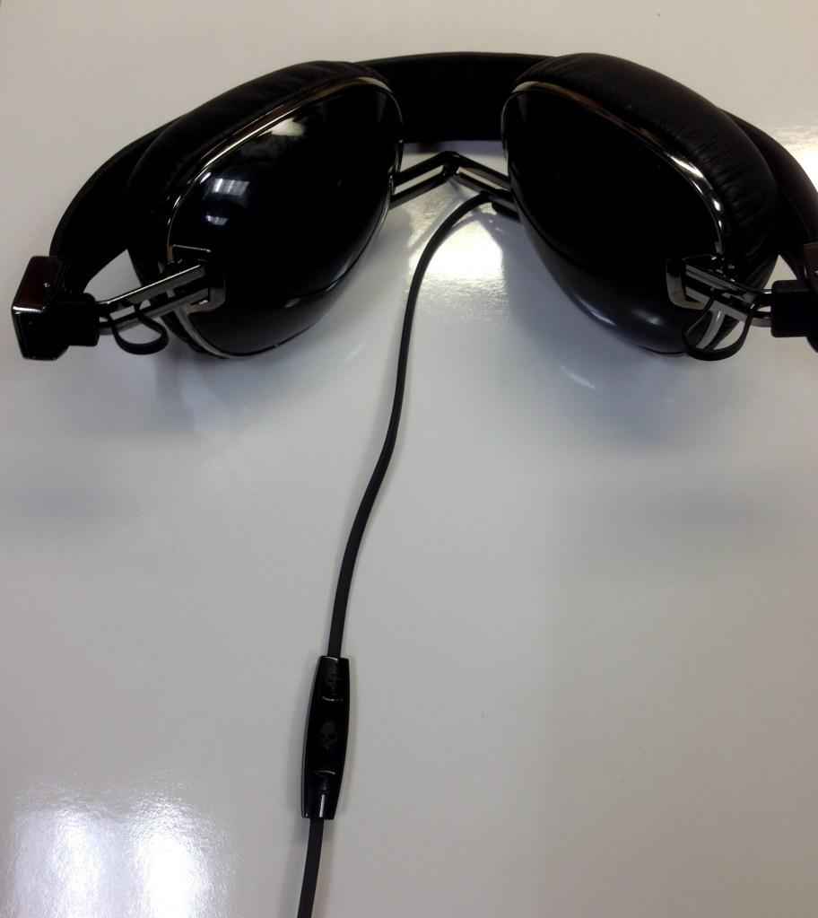 Skullcandy Navigator On Ear Headphones Review - Analie Cruz - Tech We Like - Folded 1