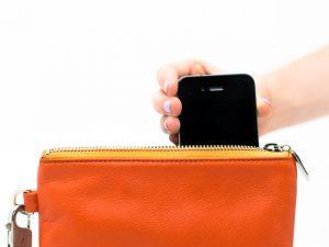 hand-phone-purse