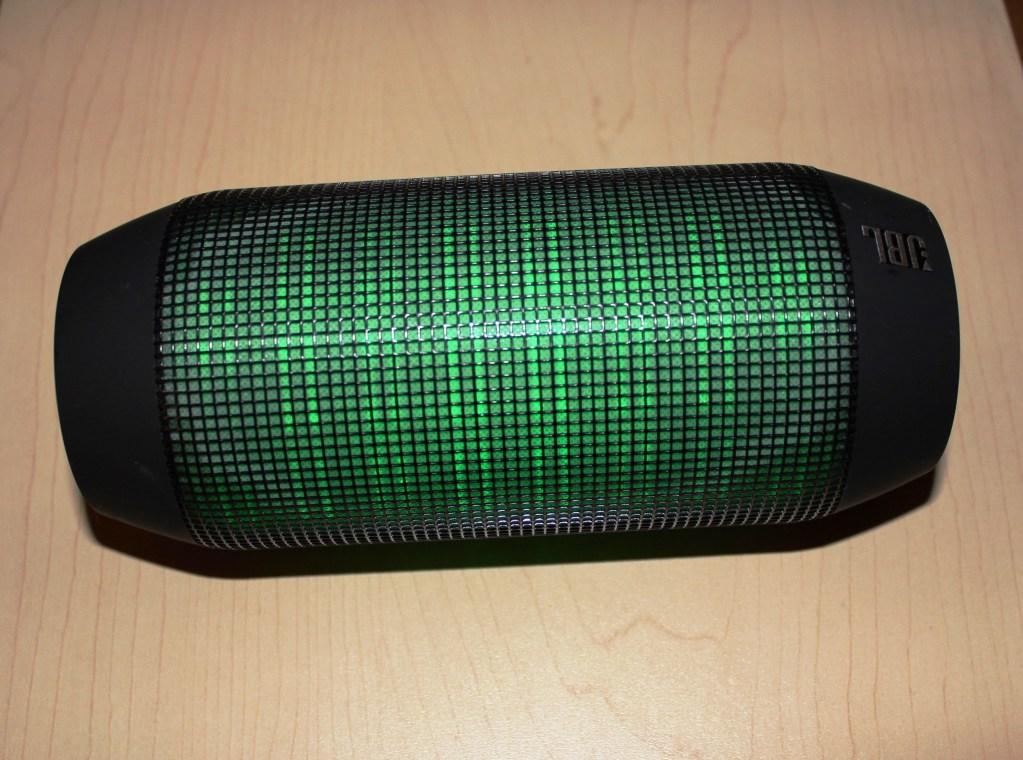 JBL Pulse Wireless Bluetooth Speaker Review - Tech We Like - Cruz (10)