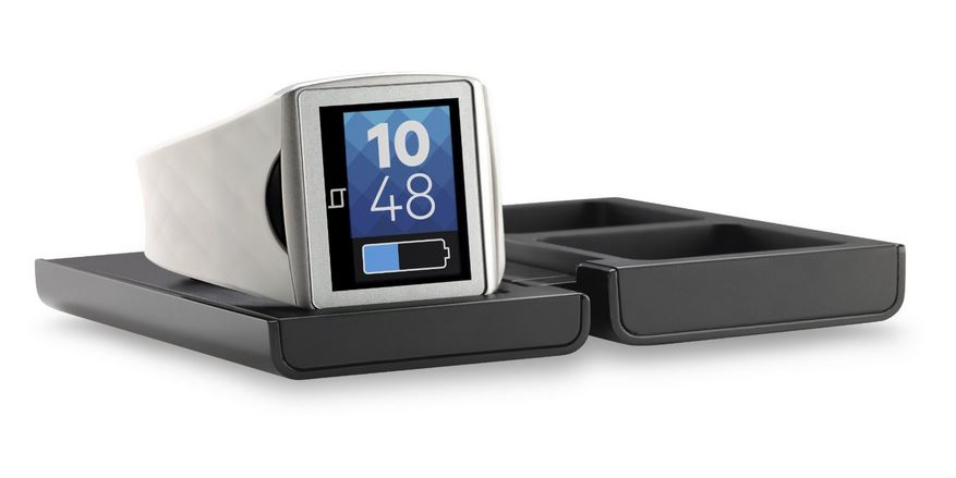 Qualcomm Toq Smartwatch Review - Tech We Like - Charging Cradle
