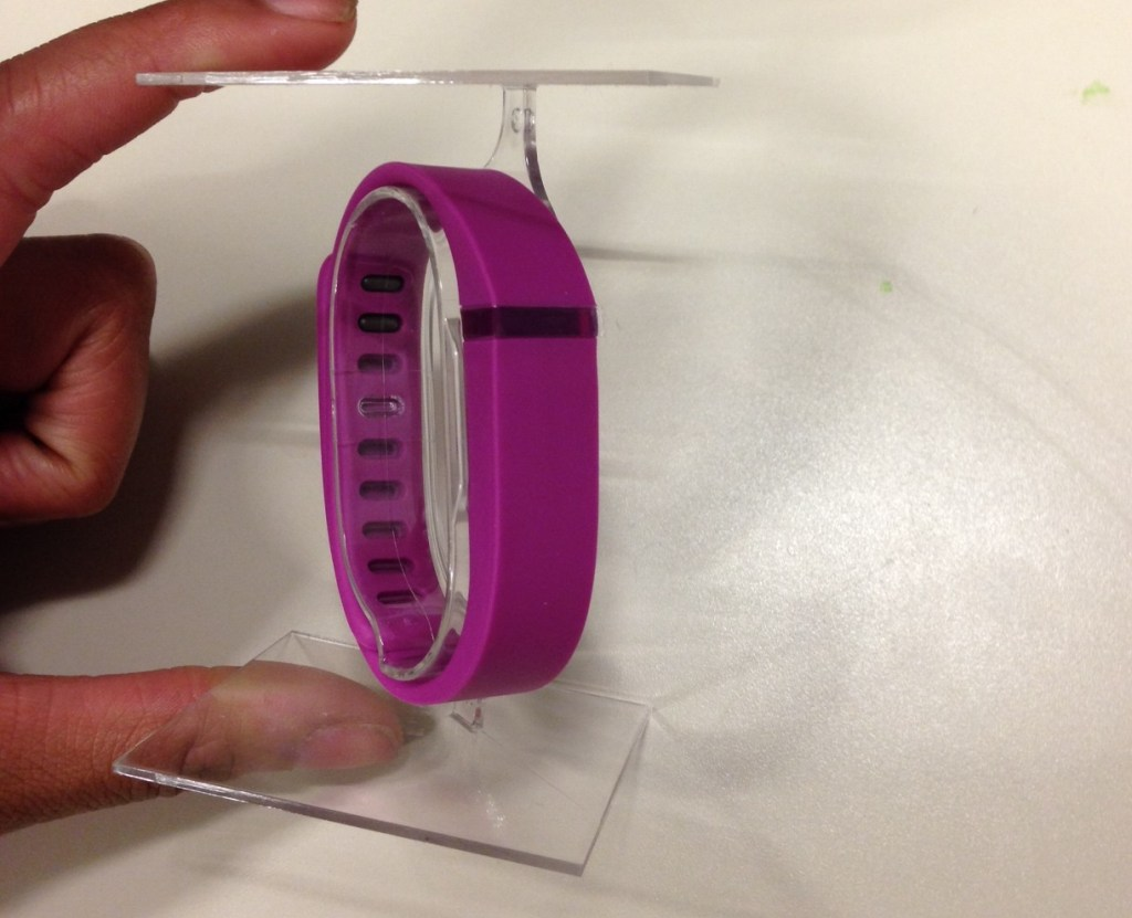 Fitbit Flex Wireless Activity and Sleep Tracker Wristband Review - Cruz (1)