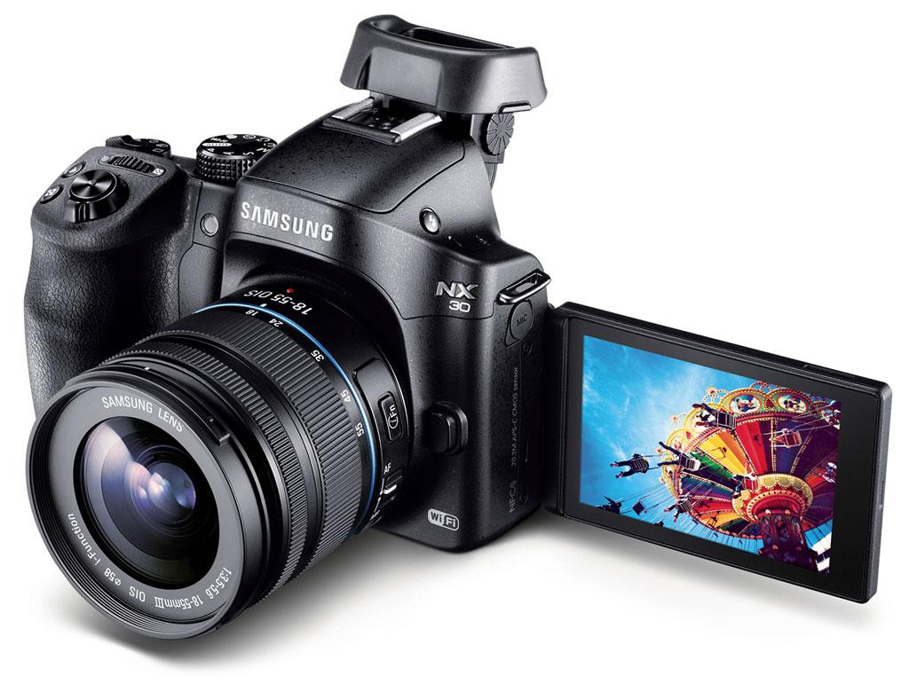 Samsung Camera NX30  #DitchTheDSLR - Angled