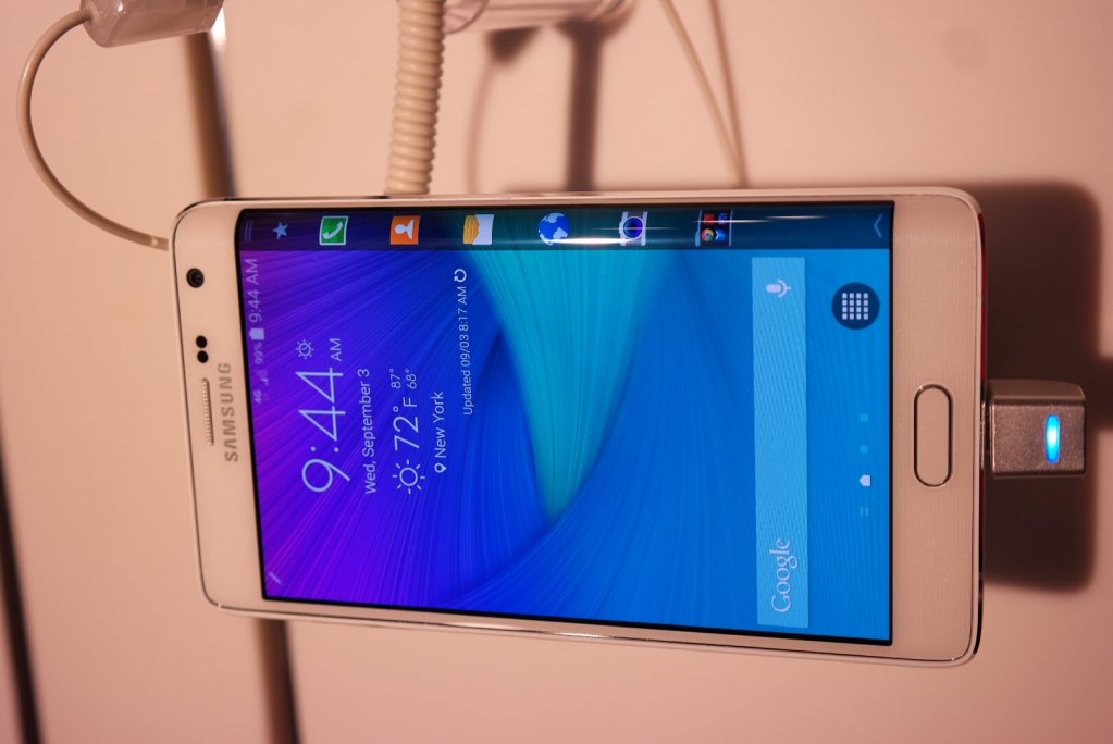 Samsung Galaxy Note 4 Edge - Samsung Gear S- Unpacked 2014  (2)