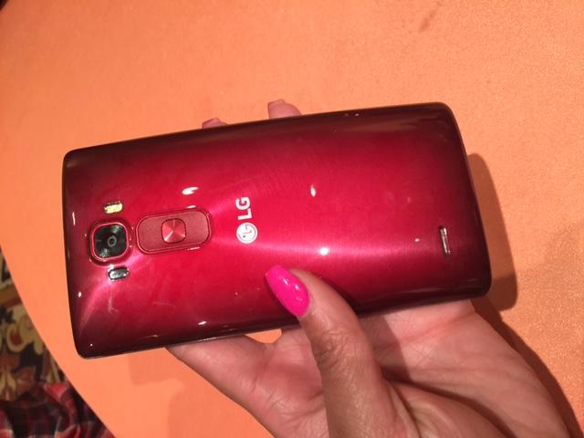 LG G Flex 2 Smartphone - CES2015 - Analie Cruz  (1)