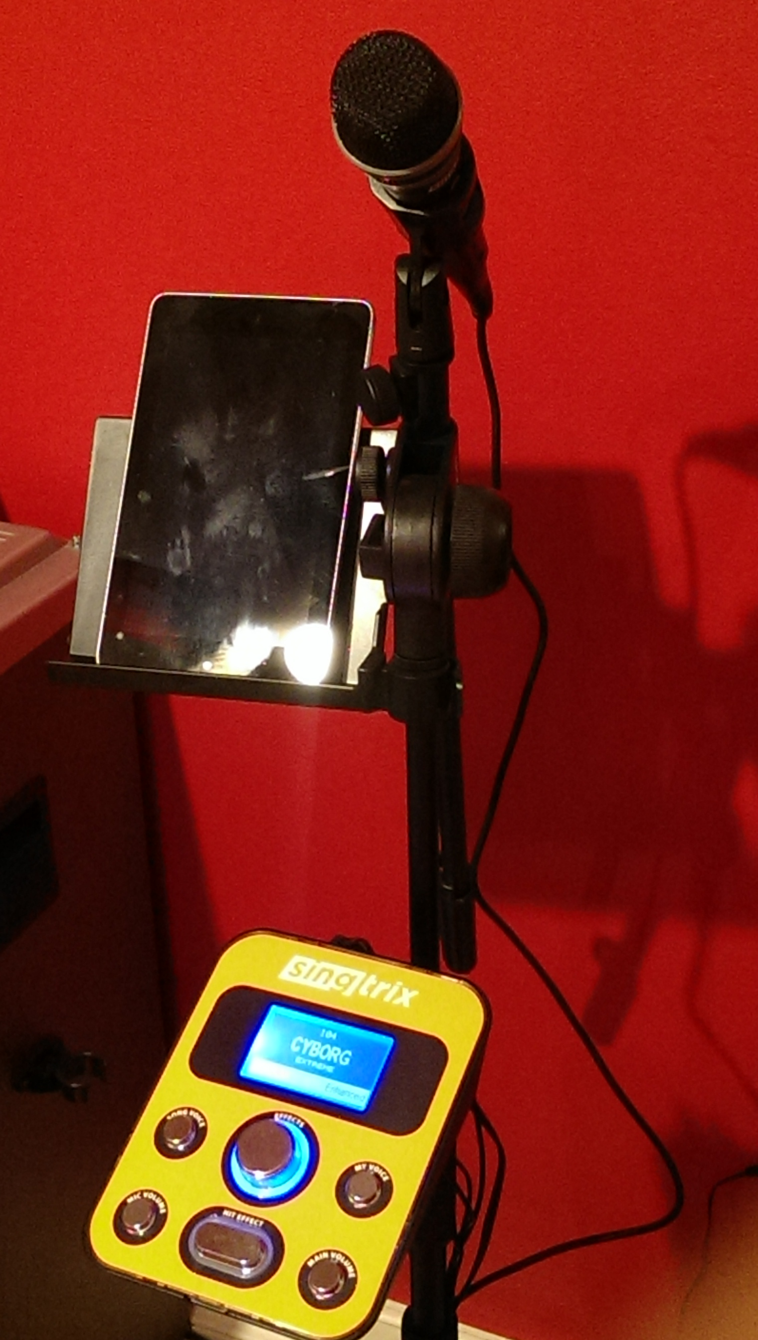 karaoke machine with autotune