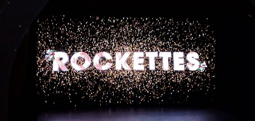 Rockettes Christmas Spectacular.Intel Drones Join The Radio City Rockettes For The 2018